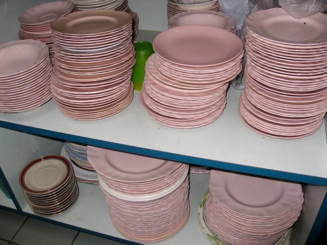 Pink-Plates-654x491.jpg